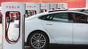 Pour la Gigafactory, cette usine de 10 km2, il faudra attendre 2020. En attendant, Tesla offre à son personnel un service de voiturier pour ne pas perdre de temps à chercher un place de parking.