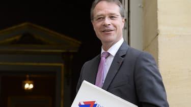 Invité de BFM Business, François Asselin regrette l'erreur de communication du Medef qui avait communiqué sur la création d'un million d'emplois.