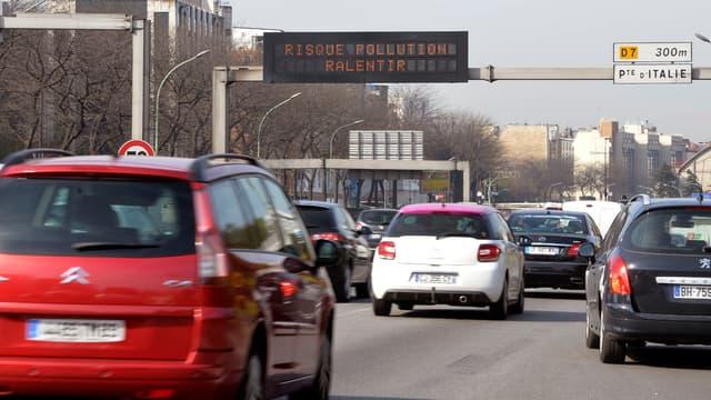 Airparif alerte sur la pollution aux micro-particules en Ile-de-France ce mardi.