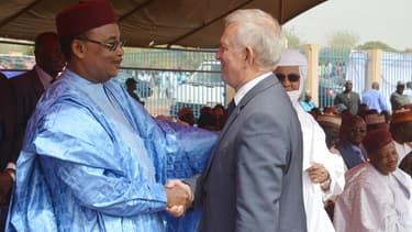 Le 29 janvier 2016, le conseiller du président de Bolloré Michel Roussin rencontre le president Mahamadou Issoufou du Niger à la gare ferroviaire de Niamey à l'occasion de l'inauguration d'un tronçon ferroviaire de 140 km construit par le groupe français.