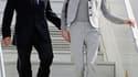 """Nicolas Sarkozy et son épouse à leur arrivée à Pointe-à-Pitre, en Guadeloupe. Le président de la République a, une nouvelle fois, """"déconseillé vivement"""" aux Français de se rendre au Sahel, alors que l'émotion était forte dimanche en France au lendemain de"""