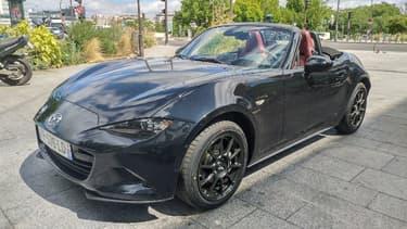 """Pour ses 100 ans, Mazda dévoile une série spéciale """"Eunos Edition"""" de sa MX-5, le cabriolet le plus vendu au monde. L'occasion de revenir sur cette offre automobile rare, et sur ses perspectives d'avenir."""
