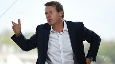 Le député européen EELV Yannick Jadot, lors des journées d'été du Medef à l'hippodrome de Longchamp, à Paris, le 27 août 2020