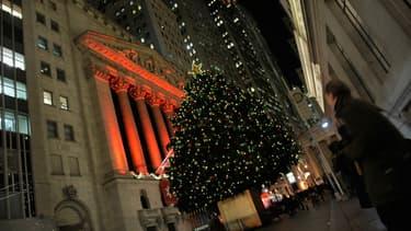 Beau rebond du CAC40 hier, et Wall Street est sur une belle pente ascendante, signe une 3ème hausse d'affilée, non loin de ses records historiques.