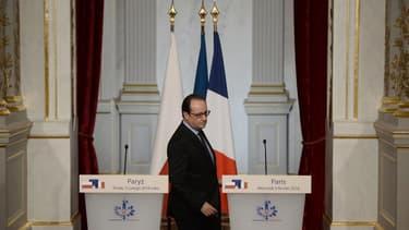 """François Hollande ne veut pas de """"nouveaux ajustements"""""""