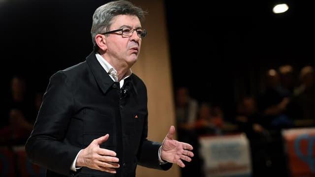 Jean-Luc Mélenchon, candidat à l'élection présidentielle de 2017, lors d'un meeting le 15 novembre 2016.