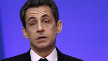 """Nicolas Sarkozy a invité vendredi les autorités turques à """"respecter"""" les convictions de la France après la réaction virulente d'Ankara au vote, par l'Assemblée nationale, d'une proposition de loi pénalisant la négation des génocides. /Photo prise le 12 d"""