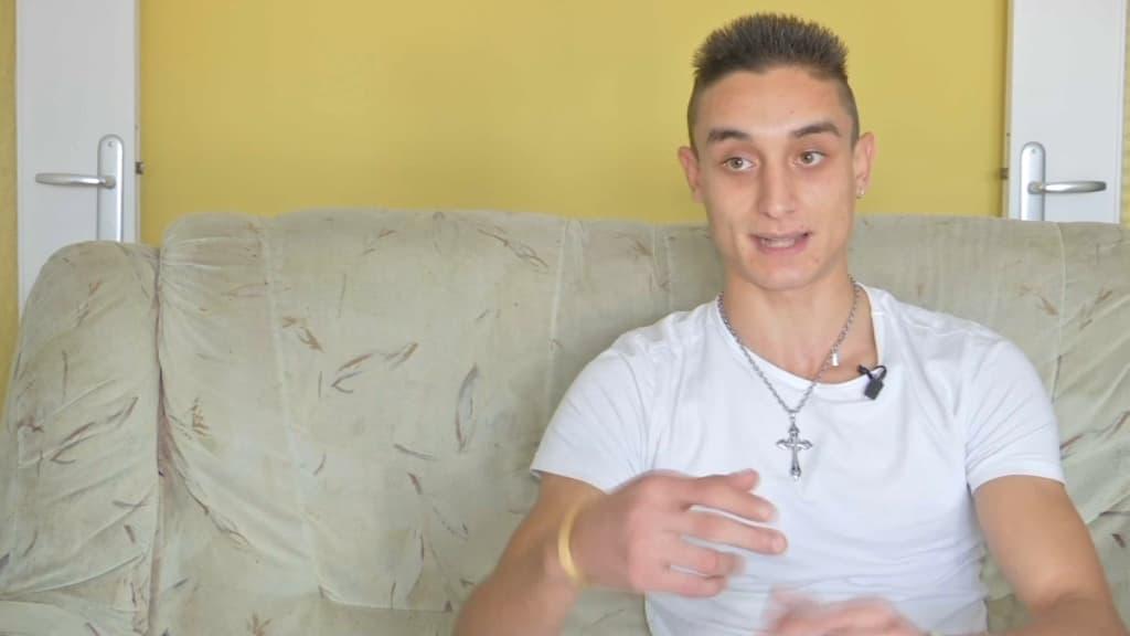 """""""Ils devraient être en prison ici"""": le petit ami de l'ado tondue par sa famille à Besançon témoigne"""