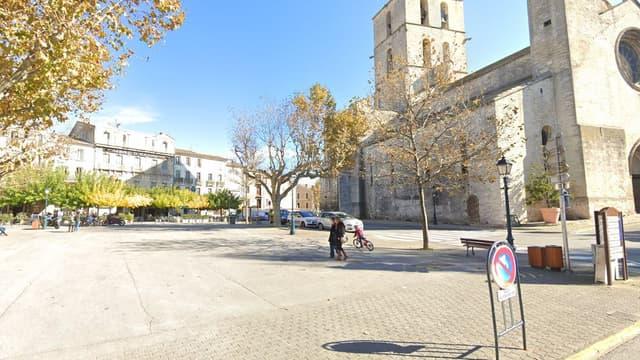 La place du Bourguet, à Forcalquier.