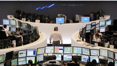 Les marchés financiers sont toujours en émoi après le mini krach boursier du 23 avril dernier.