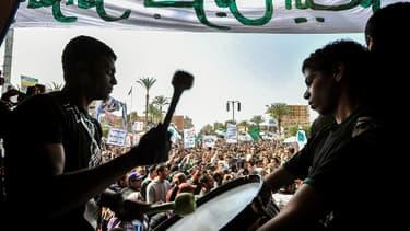 Le 1er mars des manifestants protestaient, comme tous les vendredis après la prière, contre le régime de Mohammed Morsi.