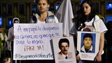 Le conflit oppose la guérilla marxiste, des groupes paramilitaires et l'armée.