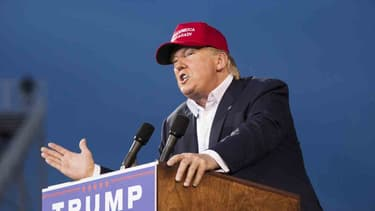 """Donald Trump compare les gérants de hedge funds à des """"gratte-papiers"""""""