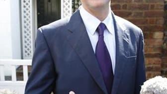 Le chef de file des LibDems, Nick Clegg. Les deux principales forces politiques de Grande-Bretagne devraient poursuivre ce mardi leur entreprise de séduction auprès des libéraux-démocrates, désormais engagés dans des discussions parallèles en vue de forme