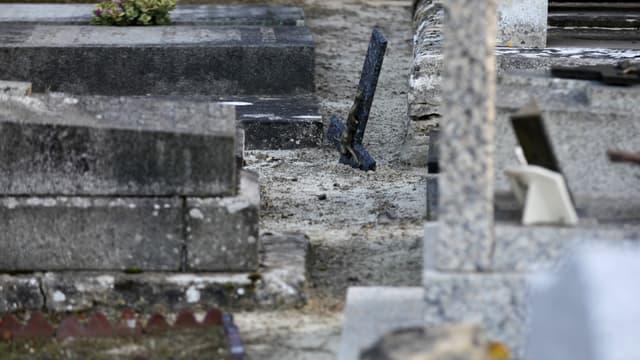 Un crucifix renversé à Tracy-sur-Mer, dans le Calvados. (Illustration)