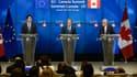 Le Premier ministre canadien, Justin Trudeau, aux côtés de Donald Tusk et Jean-Claude Juncker, respectivement Président du Conseil européen et Président de la Commission européenne. (image d'illustration)