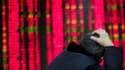 Les petits porteurs chinois, de plus en plus investis sur les marchés actions, sont témoins tous les jours de mouvements boursiers spectaculaires, qui commencent à inquiéter l'Etat lui-même.