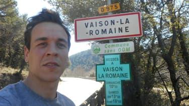 La Tour de France d'Hugo Perrier fait escale à Vaison-la-Romaine, mardi 18 mars 2014.
