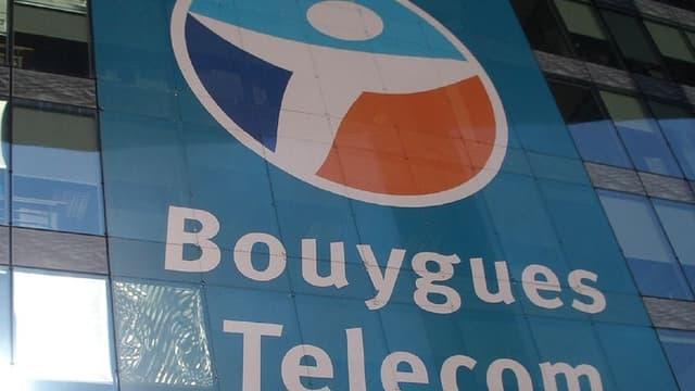 Bouygues a dû injecter de l'argent dans sa filiale télécom, qui doit faire face à la concurrence de Free et à des dépenses accrues.