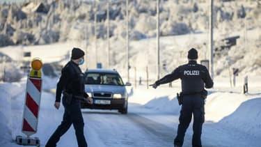 Contrôle au poste frontière de  Zinnwald, entre la république Tchèque et l'Allemagne, le 14 février 2021. (Photo d'illustration)