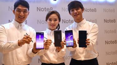 Samsung a breveté une technologie de batterie au graphène opur smartphone permettant une recharge complète en quinze minutes.