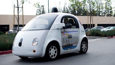 Testée depuis 2009, la Google Car est le modèle de voiture autonome qui semble le plus avancé au monde d'après le cabinet Juniper Research.