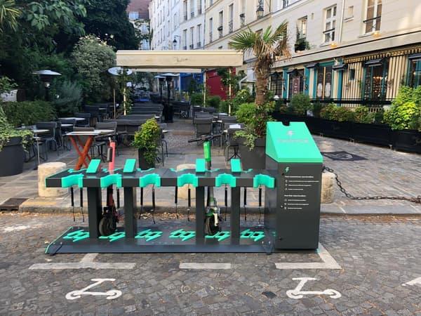 Quatre stations comme celle-ci installée 87 rue de l'Hôtel de Ville vont être testées pendant un an.