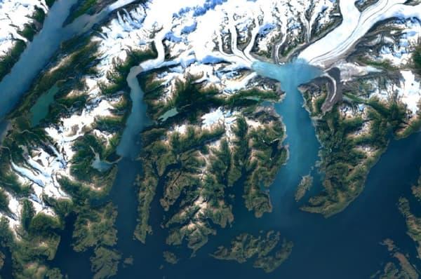 Le glacier Columbia en Alaska