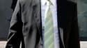 Dans son édition de mercredi, le journal Libération écrit que le ministre du Travail, Eric Woerth, est intervenu dans la succession du sculpteur César, permettant un dégrèvement fiscal de 27 millions d'euros. /Photo prise le 3 août 2010/REUTERS/Benoît Tes