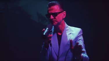 "Dave Gahan reprend ""Heroes"" de David Bowie"