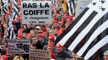 Au travers du mouvement des bonnets rouges, les Bretons ont attiré l'attention sur la crise qui frappe la région.