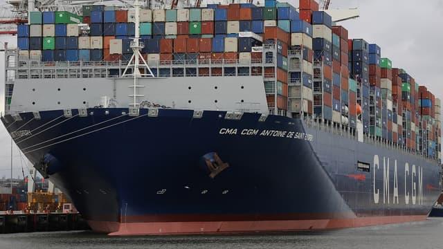 Le Saint Exupéry est le plus grand navire porte-conteneurs à naviguer sous pavillon français et il est, en avril 2018, le septième plus gros porte-conteneurs à naviguer.