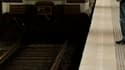 Un homme arrêté dans l'affaire du voyageur mort vendredi matin à la gare de Lyon, à Paris, a reconnu avoir poussé la victime sur une rame de RER. /Photo d'archives/REUTERS