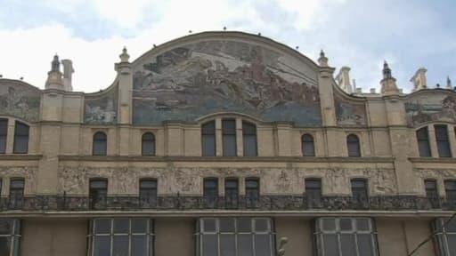 La façade en mosaïque du Metropol est considérée comme un chef d'oeuvre d'Art Nouveau