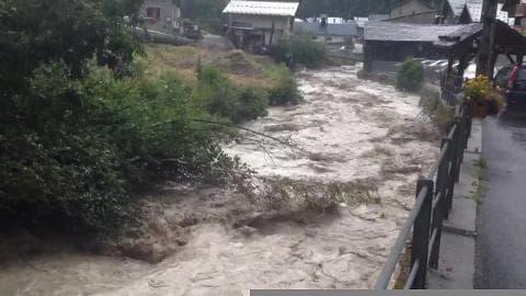 Crue de Pralognan à Planay (Savoie) - Témoins BFMTV