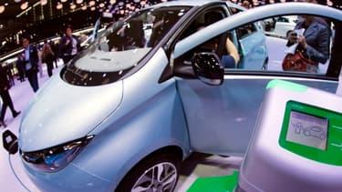 La Renault Zoe, 100% électrique, est la bonne surprise du Mondial de l'automobile.