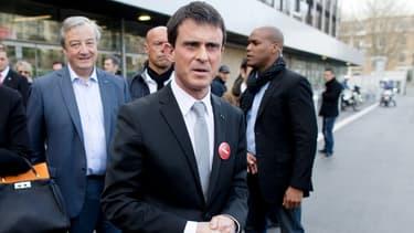 Manuel Valls, dimanche, pendant la journée de vote du premier tour.