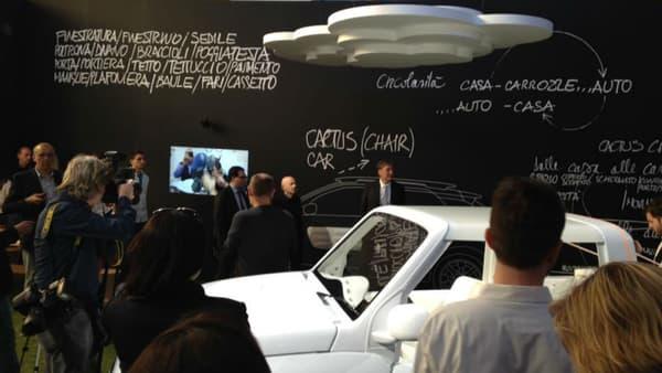 Citroën a demandé au designer Mario Bellini, fan de la marque, de concevoir une chaise à partir de la C4 Cactus.