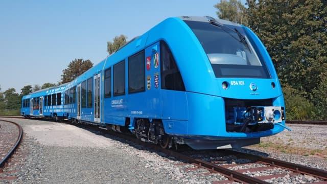 Alstom a remporté un contrat de 360 millions d'euros pour fournir 27 trains à hydrogène destinés à la région de Francfort. Ils remplaceront des rames diesel sur quatre lignes régionales à partir de 2022.