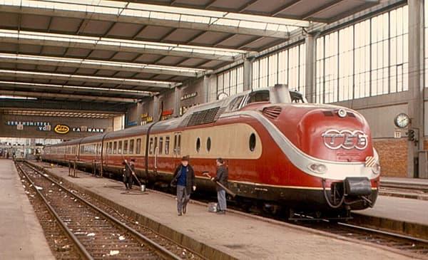 Un train du réseau à Munich en 1970