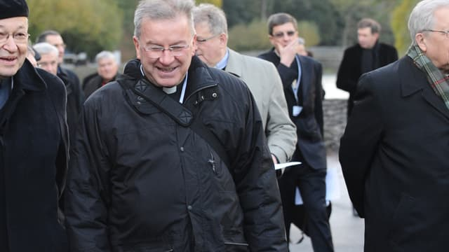Luigi Ventura à Lourdes en novembre 2012. - REMY GABALDA / AFP -