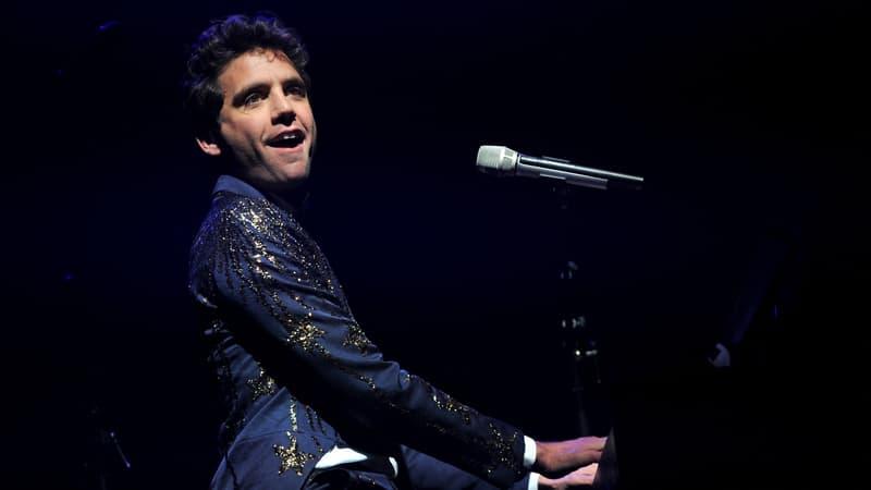 Regarder la vidéo La pop de Mika s'offre une version symphonique à la Philharmonie de Paris