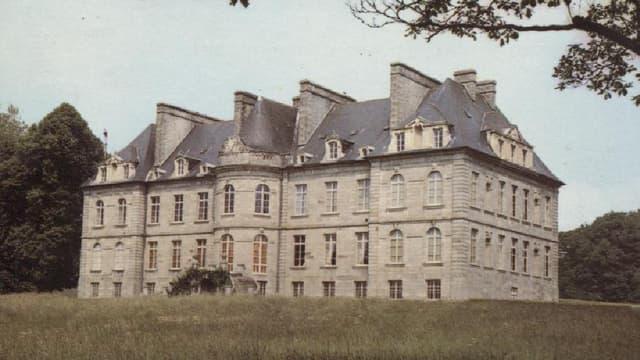 Le château de Robien est à vendre