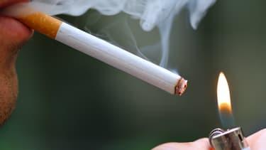 Les paquets de cigarettes neutres arriveront chez les buralistes à compter du mois de mai.