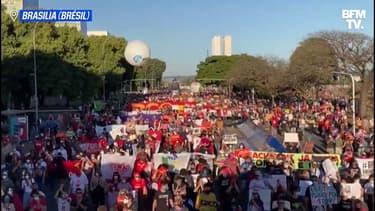 À Brasilia, Rio ou São Paulo, des dizaines de milliers de Brésiliens manifestent pour réclamer la destitution de Jair Bolsonaro