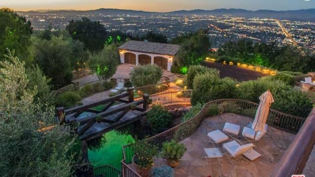 Selon le magazine Variety, Tom Cruise a vendu sa villa de la Cité des anges à Eva Longoria pour 11,4 M$.
