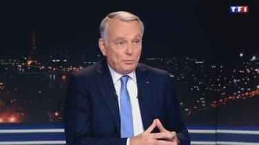 Invité du 20 heures de TF1, le Premier ministre a balayé les attaques dont il fait l'objet en affirmant avoir la confiance de François Hollande.