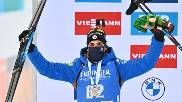Le Français Simon Desthieux, médaillé d'argent du 10 km sprint aux Championnats du monde de biathlon, le 12 février 2021 à Pikljuka (Slovénie)