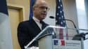 Bernard Cazeneuve lors d'une conférence de presse à l'ambassade de France à Washington, le 19 février 2015.
