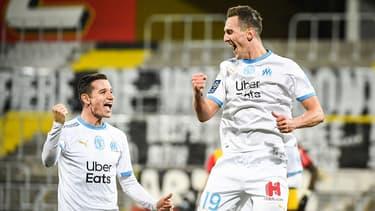 Arkadiusz MILIK et Florian THAUVIN le 03 février 2021.